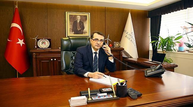 Enerji Bakanı Dönmez 'Baş Sağlığı ve Acil Şifa' diledi