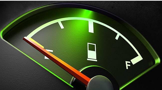 Benzine indirim geldi: Pompaya da yansıyacak