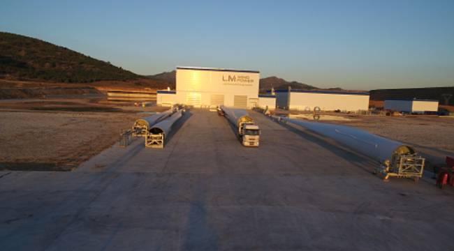 Türkiye'deki rüzgâr türbin kanadı fabrikası için 300 kişiyi işe alacak