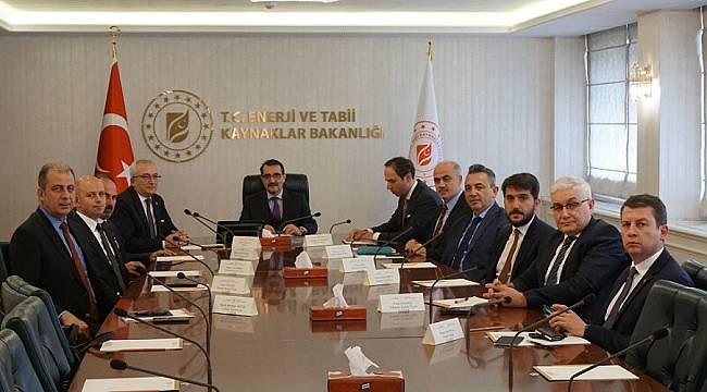 GAZBİR'den Enerji Bakanı Dönmez'e ziyaret