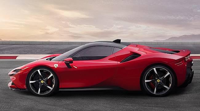 Ferrari: İlk Plug-in Hibrit Elektrikli ve dört tekerlekten çekişli spor modelini tanıttı