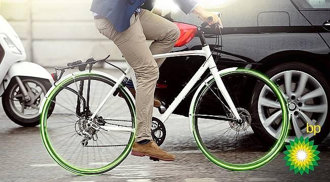 ÖNEMLİ: Aynadaki kör noktada bir bisiklet -motosiklet olabilir