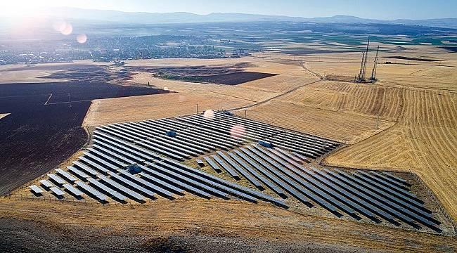 Türkiye'nin güneş enerjisi potansiyelini açıkladı
