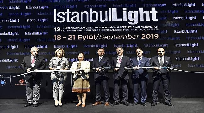Aydınlatma Sektörünü Buluşturan IstanbulLight Fuar ve Kongresi Ziyarete Açıldı