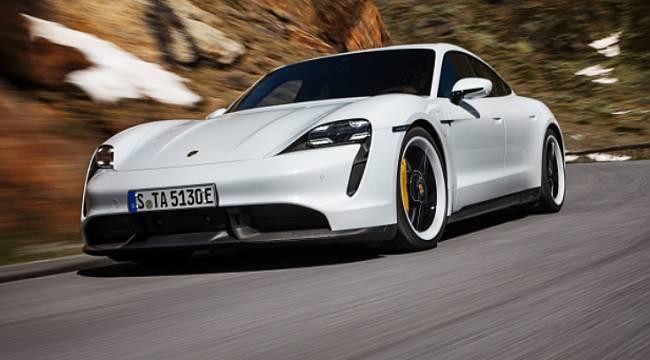 İşte Porsche'nin ilk tamamen elektrikli spor otomobili!