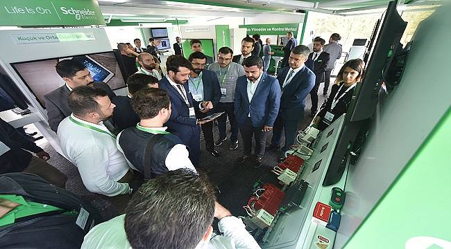 Schneider Electric: Gebzeli sanayicileri İnovasyon Tır'ında ağırladı
