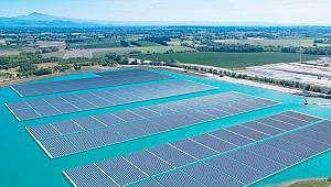 Avrupa'nın en büyük yüzer güneş santrali hizmete girdi!