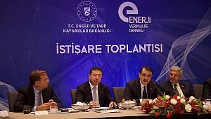 Enerji Bakanı Dönmez: Kamu binalarında 2.4 milyar TL'lik enerji tasarrufu yapılacak