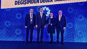 TÜPRAŞ 'Yükselen Yıldız' ödülü aldı!