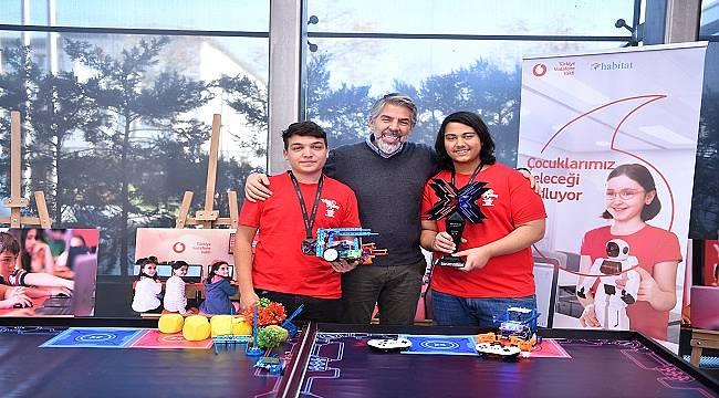 Vodafone Vakfı - Habitat Derneği işbirliğiyle: 'Yarını Kodlayanlar' Dünya Şampiyonu oldu!