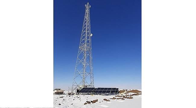 AĞRI'DA: Güneş enerjili baz istasyonu kurdu