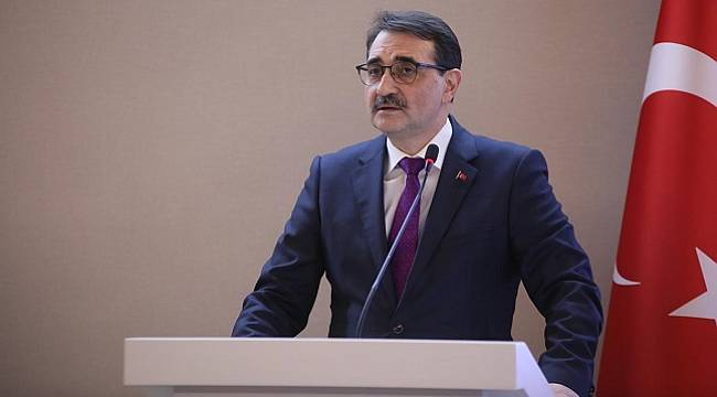 Enerji Bakanı Dönmez: Bor katkılı el dezenfektanının seri üretimine başlıyoruz