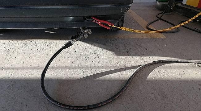 Benzinin fiyatı 5 liranın altına düştü: LPG'ye yaklaştı