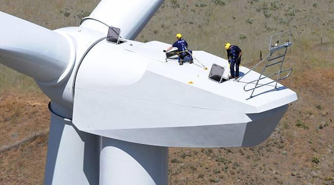 Rüzgarın faydalarına ulaşmak için enerjiyi üreten türbinlerin sağlığına ve bakımı önemli!