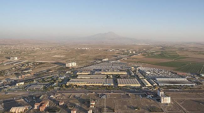 Mercedes-Benz Türk: Türkiye'de ilk defa Enerji Yönetim Yazılım Robotu'yla enerji yönetimini şeffaflaştırdı