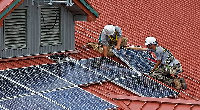 Güneş enerjisi kurulum maliyetleri düştükçe TALEP artıyor!