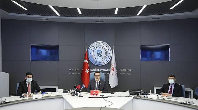 Enerji Bakanı Dönmez: 'Enerji projelerimizi ve finansmanı konularını ele aldık'
