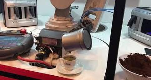 Mitsubishi Electric robotu Türk kahvesi servisi yapıyor